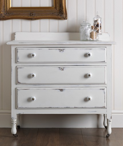 RUST-OLEUM KREIDEFARBE MÖBELLACK - Antique White Drawers