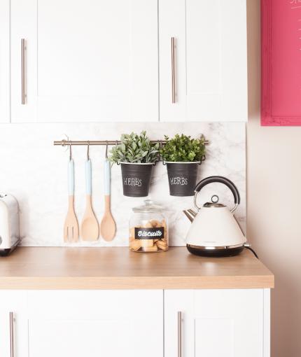 Kreidefarbe Küchenmöbellack - Schultafellack