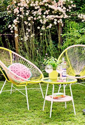Gartenmöbel im neuen Look - Schnell & einfach selber streichen
