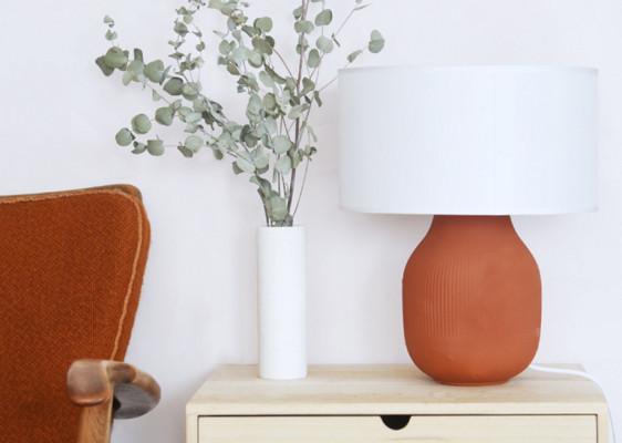 How To: DIY-Lampenfuß im Trendton Terrakotta